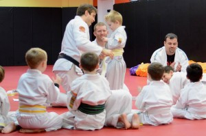 Wil Horneff teaching kids class